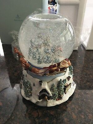 Partylite Olde World Village Tealight Snow Globe Music Box P7922