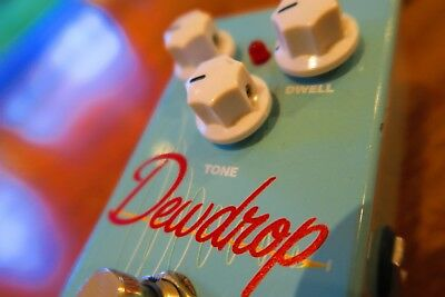 Mojo Hand Reverb Dewdrop Effect pedal