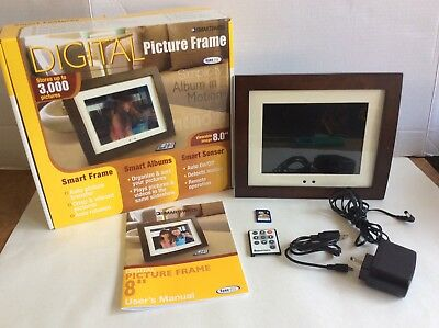 "SmartParts Digital Picture Frame 8.0"" SyncPix w/ Remote Wooden Frame W 4GB Card"