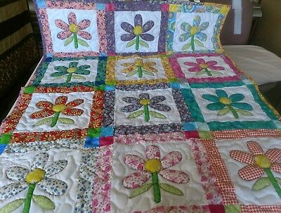 Handmade Girls Appliqued Pieced Daisies Baby Crib Lap Quilt Blanket Personalized