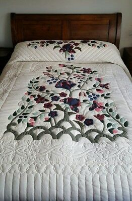 Genuine Amish quilt bedspread King/Super King Lancaster PA, EXCELLENT CONDITION