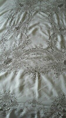 EXQUISITE Large Vintage Antique Hand Embroidered White Cotton/linen Tablecloth