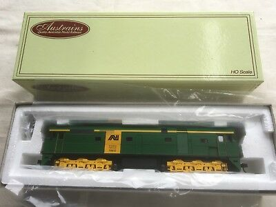 Austrains Green Australian National 705 class loco in HO scale.