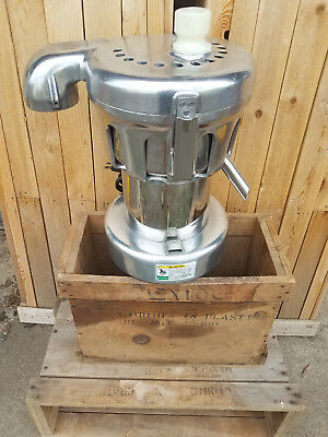 Nutrifaster 450/ 350 Heavy Duty Commercial Juicer / Extractor