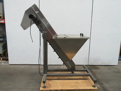 "Stainless Steel 60"" Incline Conveyor 5"" Cleated Belt 61"" Discharge 90VDC"