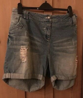 Womans Size 26 ripped Shorts