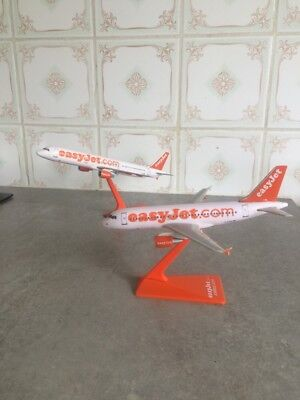 Avions Airbus A319 Et A321 Easyjet Maquette Easy Jet Airplane