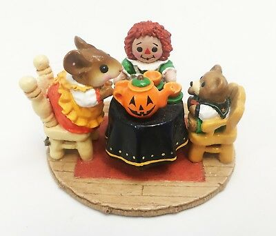 Wee Forest Folk Halloween Tea for Three - Limited Edition - 1991 Figure