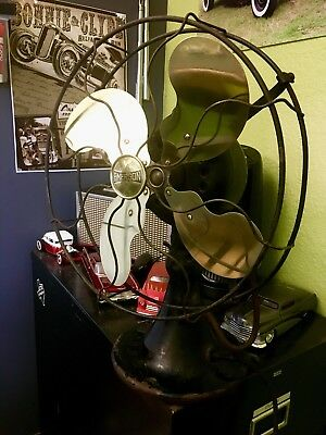 1922-1936 Vintage Antique Emerson Oscillating Fan with Parker Brass Blades.