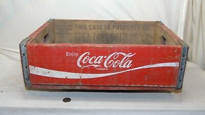 Vintage Wooden 1972 Coca Cola Carrier Crate  32 Charleston S.c.