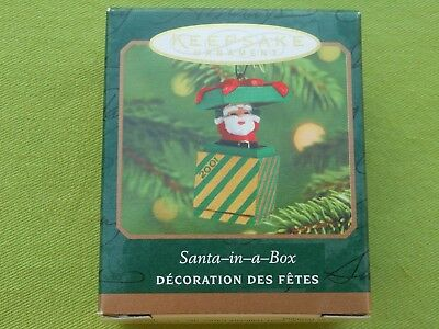 HALLMARK 2001 Santa-in-a-Box MINIATURE Christmas ORNAMENT-NIB+pt