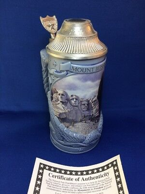 """1996 """"MOUNT RUSHMORE""""  Longton Crown Lidded Stein w/ Certificate Authentic"""