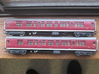 Triang 2 x Composite Coaches. OO Scale. No Boxes