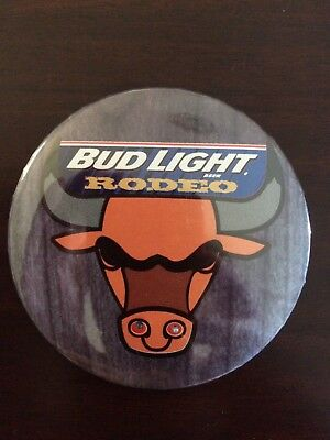 Budlight Rodeo Button/pin With Led Flashing Nostrils