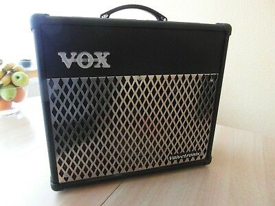 TOP: VOX Gitarrenverstärker Model VT30