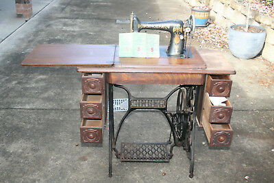 Vintage Singer Treadle Sewing Machine With Spare Bele And Booklets