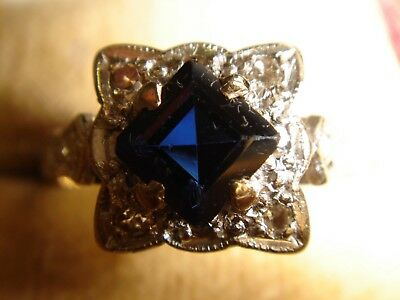 A Fabulous Antique Solid 18ct Gold Sapphire & Diamond Ring