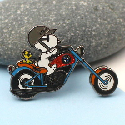 BMW motorcycle peanuts  snoopy & woodstock pin 1.75 inch  red sparkle  tank