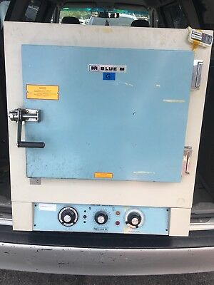 Blue M OV-18A Benchtop Forced Air Oven Up to 550Deg- Good and Working