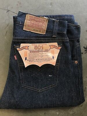 VINTAGE LEVIS 701 W30 X L36 DEADSTOCK NWT 1984 USA Factory Folded