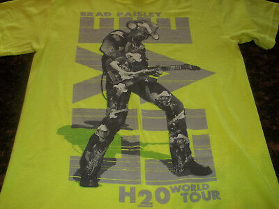 "Brad Paisley ""H20 World Tour"" Concert Tour T-shirt"