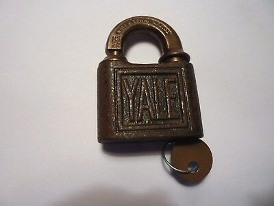 Antique Vintage Early YALE & TOWNE MFG. CO Brass Bronze Padlock w/ Key