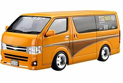 Model_kits Aoshima 52372 Hot Company TRH200V HIACE '12 1/24 scale kit SB