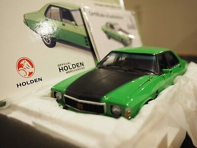 1/18 Classic Carlectables Holden Hx Monaro Gts Mint Julup Black Stripes