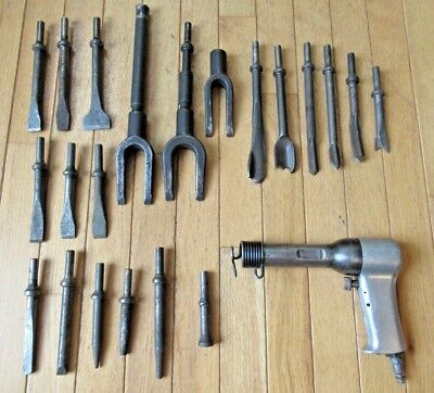 Chicago Pneumatic CP 4X Aero Rivet Gun Aircraft Tools w/ 21 Assorted Chisels
