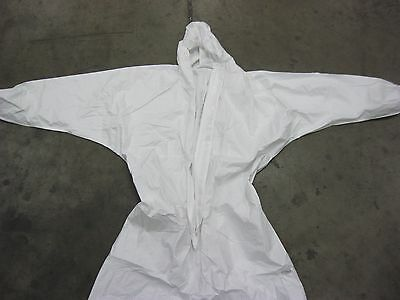White Environmental Cleanup / Paint Suit With Hood Size 2 Xl (Pack Of 2)