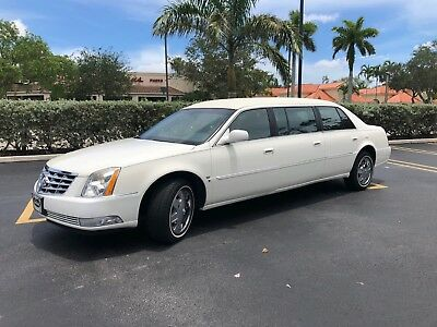 2006 Cadillac DTS Limousine 2006 Cadillac DTS Limo by LCW