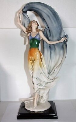 Giuseppe Armani Porcelain Florence Figuring over the Rainbow