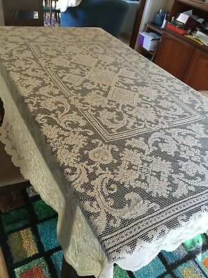 VINTAGE ECRU TABLE CLOTH High Tea 180cm x 140 cm Retro