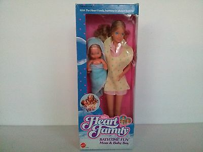 1984 Mattel The Heart Family Bathtime Fun Mom & Baby Boy . New in Box .