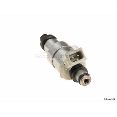 One GB Fuel Injector 84212155 for Toyota