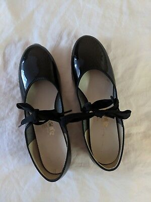 Womens Black Danshuz Tap Shoes 6.5M.  Great Condition!