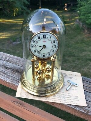 Vintage KUNDO by Keininger Obergfell 400 day Anniversary Clock w/key Works Great