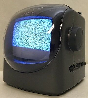 GPX PERSONAL TELEVISION AM/FM RADIO COMBO Old school Vintage Retro Space Age
