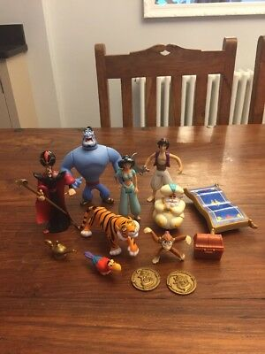 Disney Aladdin Posable Figures Set Inc 8 Figures + Accessories 1992 Mattel