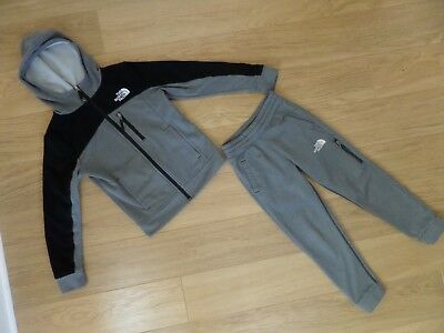 Boy's The North Face Tracksuit. Size M. Age 10 - 12 Years. Excellent Condition.