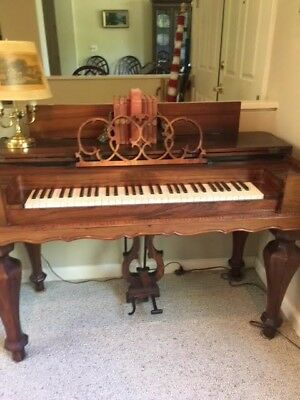 Beautiful outstanding-condition antique melodeon organ built 1862