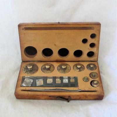 Boxed Brass Apothecary Chemists Weights Antique c.1900 CML03456