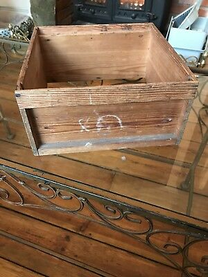 Very Old Miniature Model Beehive Brood Box And Bits Rare