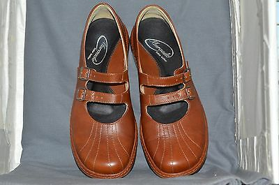 Muraade womens mary jane shoe size 40, Italian leather brown, very good cond. 2e
