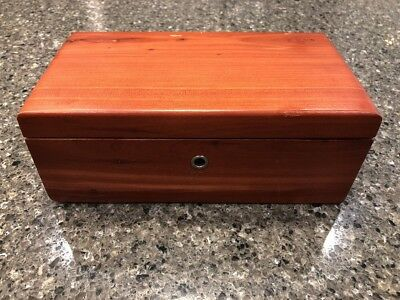 Vintage Lane Cedar Chest Miniature Trinket Box Holliday Furniture Billings Mt 9""
