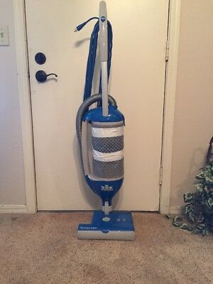 Windsor Flexamatic Axcess 12 Upright Commercial Vacuum Cleaner - Good Condition
