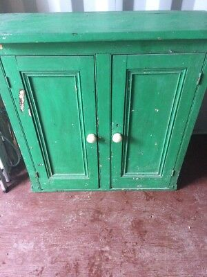 Lovely Large Antique Solid Pine cupboard