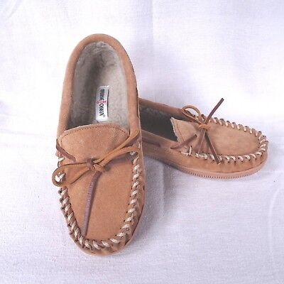 d0273930e010 NEW MINNETONKA JUNIOR Trapper Moccasin Faux Fur Lined BROWN Suede ...