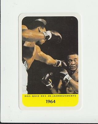 Boxing : Cassius Clay v Sonny Liston : attractive German collectable game card