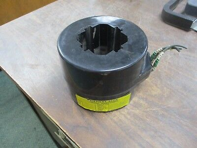 Siemens-Allis Type RD-100 Current Transformer 61-300-050-121 Ratio 1200:5A Used